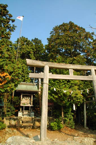 """Okumiya"" of the Mikami-jinja Shrine at the top"